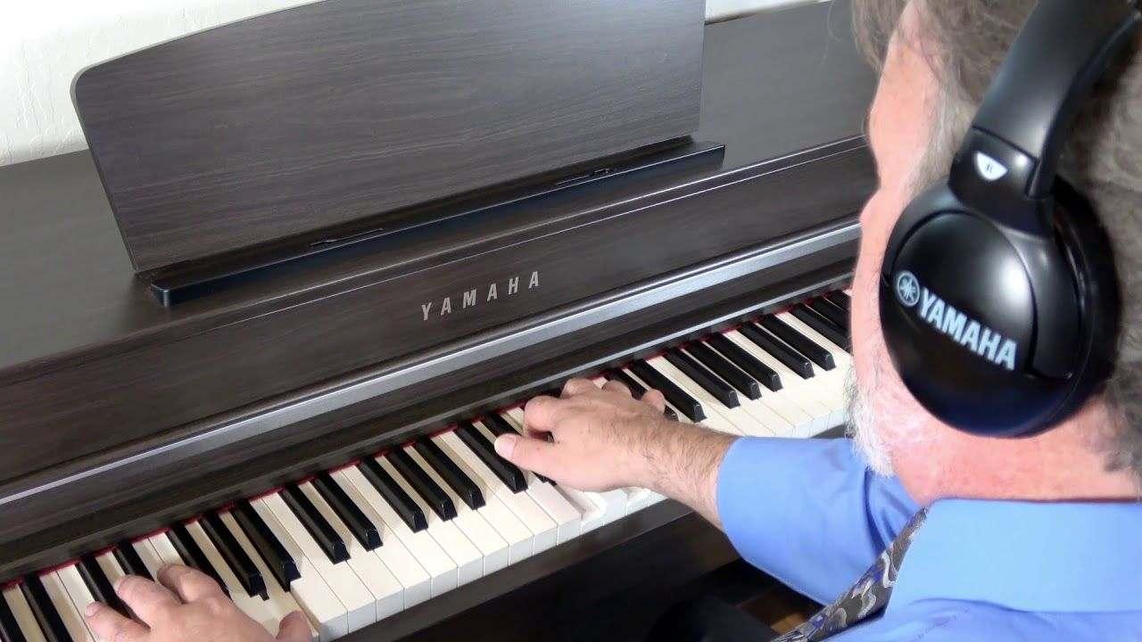 piano-dien-yamaha-clp635 5