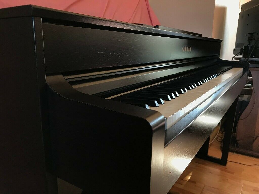 piano-dien-yamaha-clp635-7