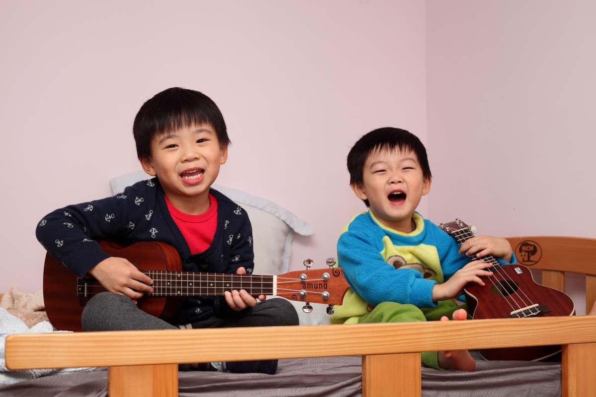 huong-dan-chon-dan-guitar-cho-tre-nho-10